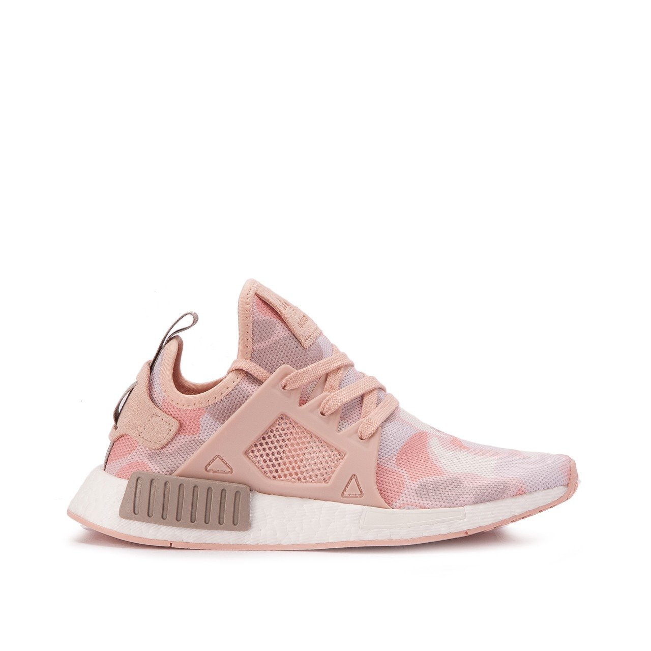 timeless design 3db3b 6d263 Amazon.com | adidas NMD XR1 Womens in Vapour Grey/Ice Purple ...