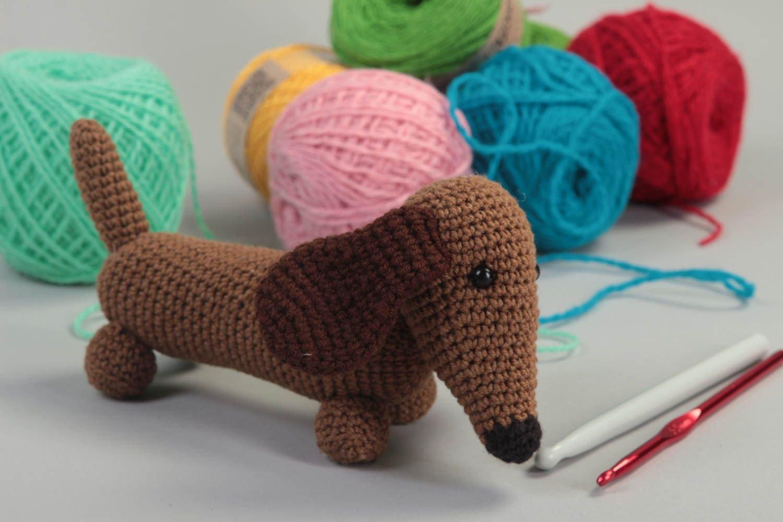 Juguete artesanal tejido peluche para ninos regalo original Perro salchicha: Amazon.es: Juguetes y juegos