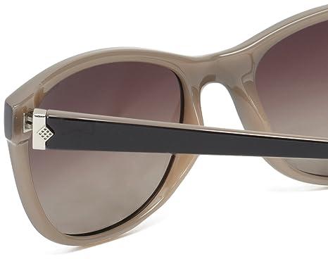 a0f0b9c9e6c Polaroid women s P8339 Round Sunglasses  Amazon.co.uk  Clothing