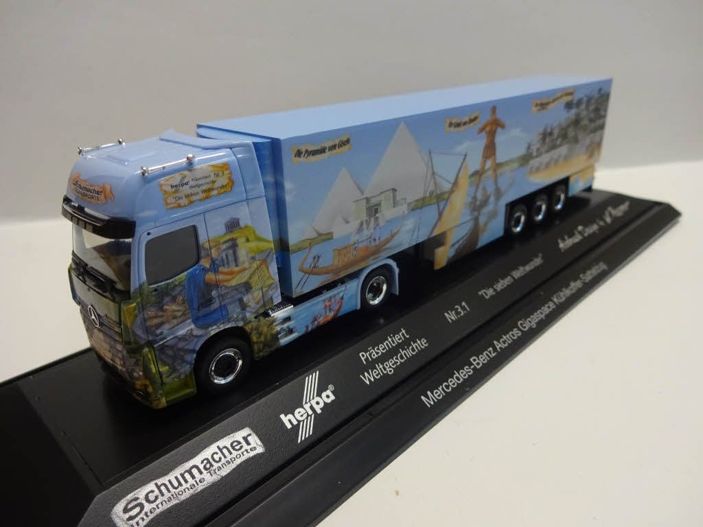 Herpa 121767Mercedes-Benz Actros Gigas Pace Cool Case Saddle Pull World History Number 3.1/Schumacher Miniature Vehicle