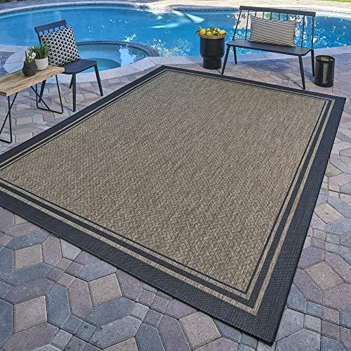 Patio area rug