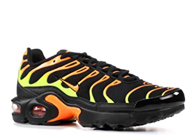 0796080316 Amazon.com | Nike Air Max Plus Black/Volt-Total Orange (GS) (3.5 M ...