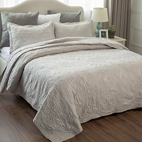 Bedsure Bedding Quilt Embroidered King Size 106x96 Damask Pattern Lightweight Microfiber