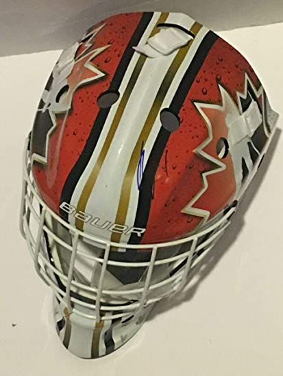 Amazon Com Roberto Luongo Signed Full Size Team Canada Goalie Mask