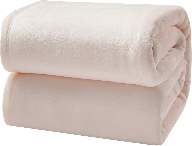 Bedsure Flannel Fleece Luxury Blanket Light Pink Queen Size Lightweight Cozy Plush Microfiber Solid Blanket