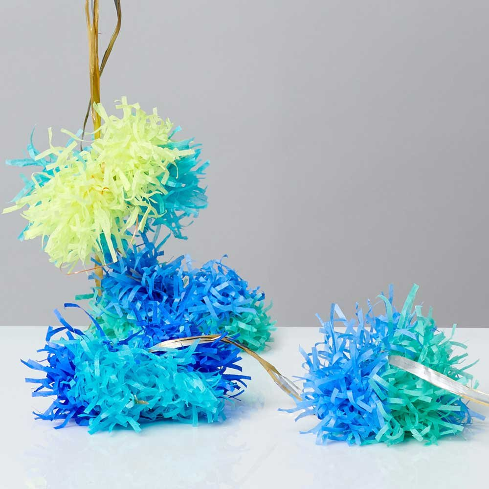 Color Multicolor Ideal for Party Decoraions No Assembly Needed. 6.29 ft Long UNELEFANTE Handmade Tissue Paper Pom Pom Garland 7 Pom Poms per Garland