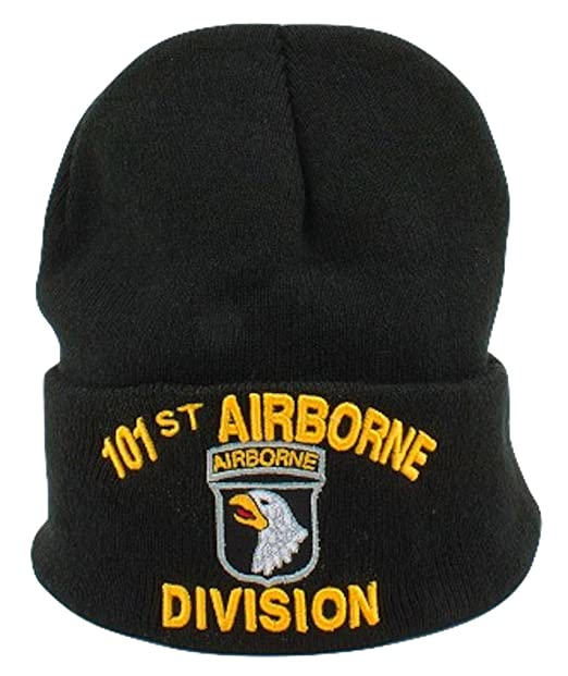 8668361bc08 Amazon.com  Military Licensed Winter Knit Beanie Skull Caps (101st Airborne  Division)  Clothing
