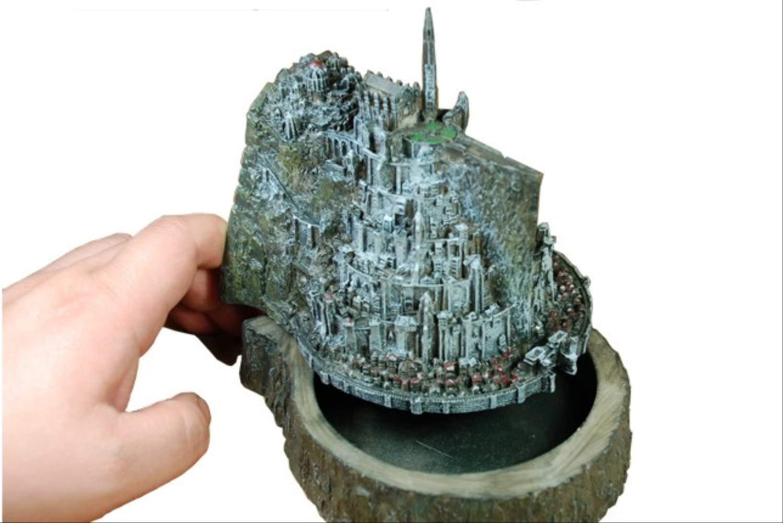 lo último EstrellaKWALL Juguete del del del Señor De Los Anillos Las Figuras De Acción Hobbit Minas Tirith Modelo Estatua Souvenirs Modelo Novedad Cenicero Mejor Regalo  el estilo clásico