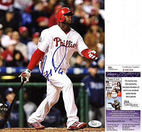 (Signed Ryan Howard Photo - 8x10 2008 World Series Champion Certificate of Authenticity - JSA Certified)