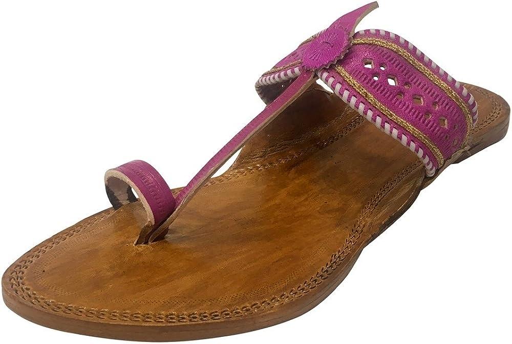 Step n Style Kolhapuri Slippers