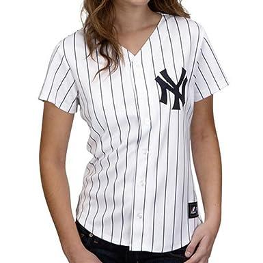 Amazon.com  Majestic Women s Plus Size New York Yankees Replica ... ca7a16688fb