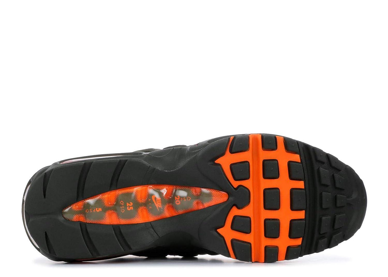 df9a7a2229 Amazon.com | Nike Womens Air Max 95 OG Lifestyle Hiking, Trail Shoes Green  6.5 Medium (B, M) | Trail Running