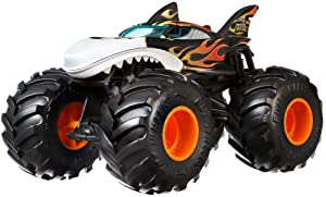 Hot Wheels Shark Wreak Monster Truck, 1:24 Scale