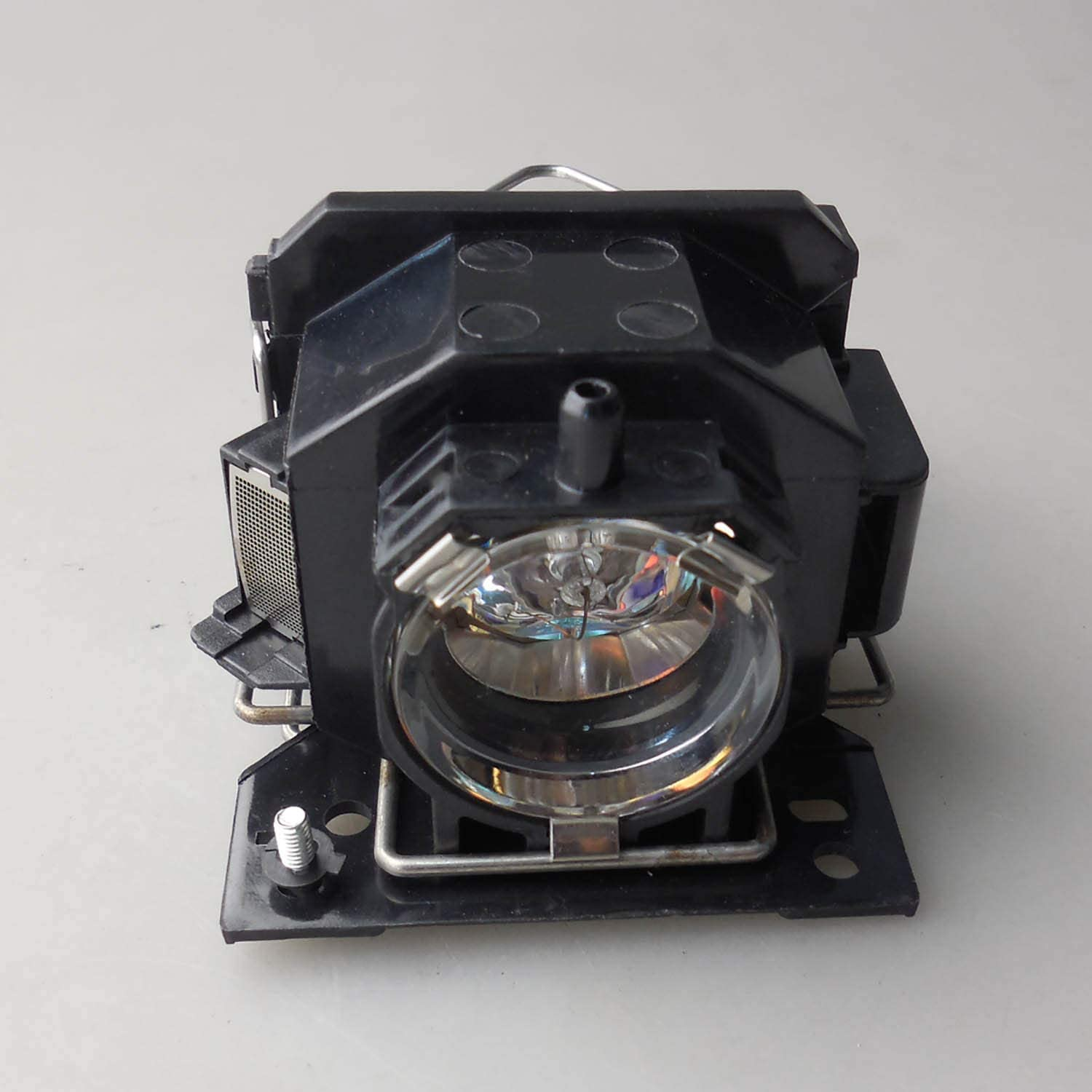 CTLAMP DT00821 CPX5LAMP Replacement Projector Lamp DT00821 Compatible Lamp with housing Compatible with Hitachi CP-X264 CP-X3 CP-X3W CP-X5 CP-X6 HCP-600X HCP-610X HCP-78XW CP-X5W