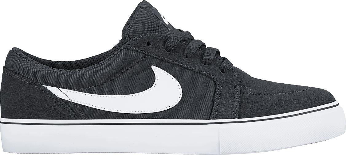Nike Satire II (GS) Skate Shoes Big Kids (7) Black/White by Nike (Image #1)