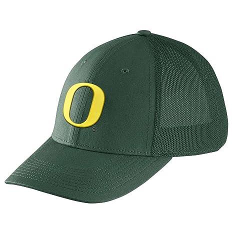 1baeac19fd0a3 Image Unavailable. Image not available for. Color  NIKE Oregon Ducks Dri-FIT  Mesh Back Swoosh Flex Hat