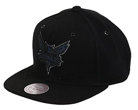 new style 3946e 92cce ... where to buy mitchell ness charlotte hornets reworked eu504 snapback  cap kappe basecap b6afe ca300