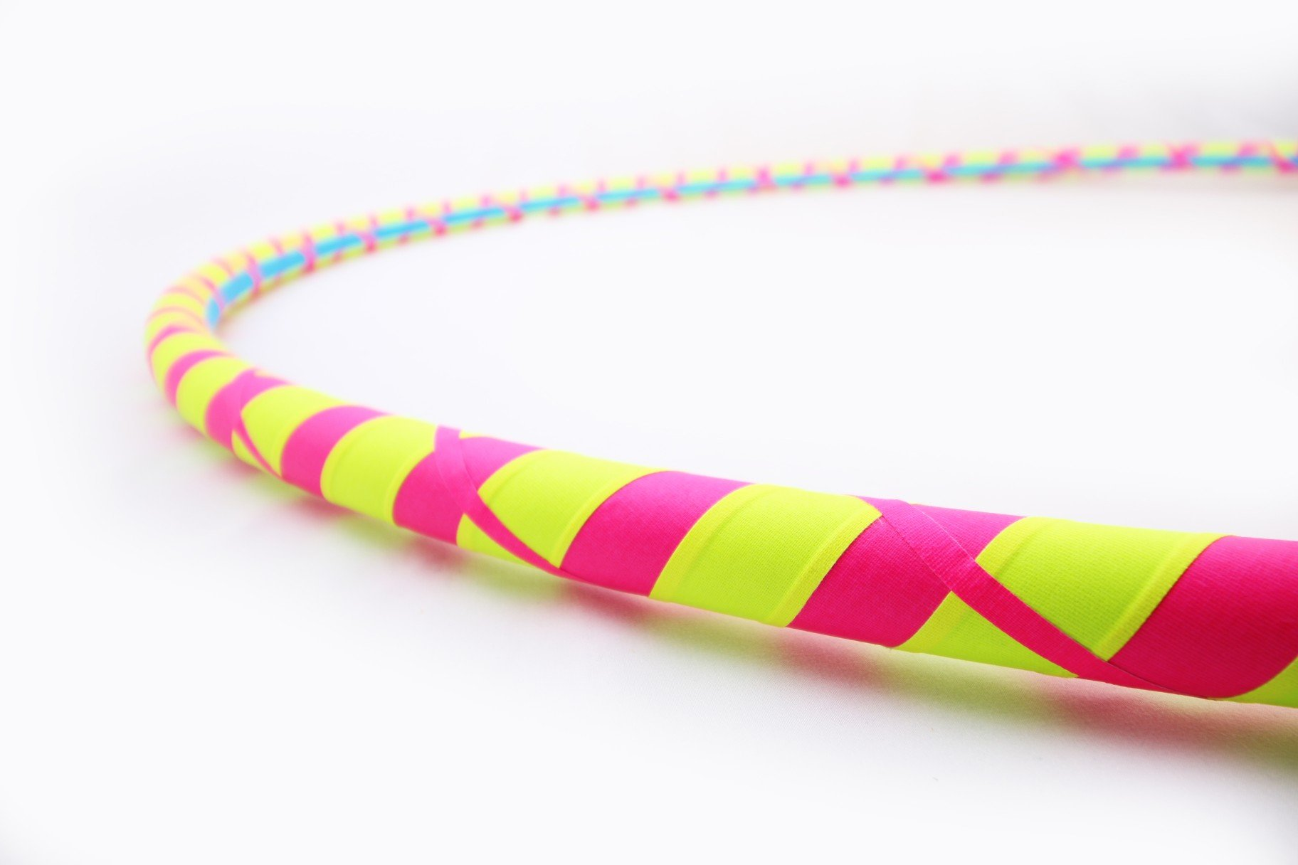 The Spinsterz Weighted Hula Hoop for Adults. 1 – 2lbs, You Choose! Made in Bend Oregon. Great for Fitness, Dance and Beginners. (Neon Glow, Large - 40'' Diameter)