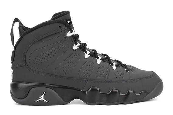 76b6f41ee29389 Amazon.com  Air Jordan 9 Retro Big Kids Style  302359-013 Size  5 ...