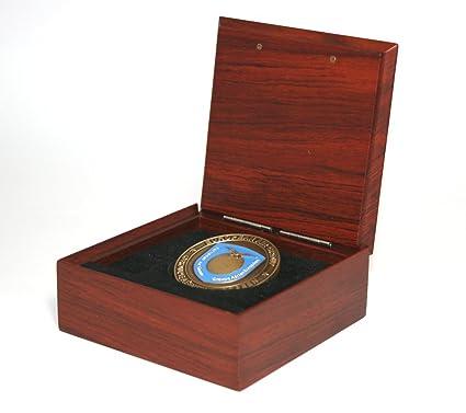 Caja para monedas, de madera de palisandro auténtica. Medidas: 92 mm