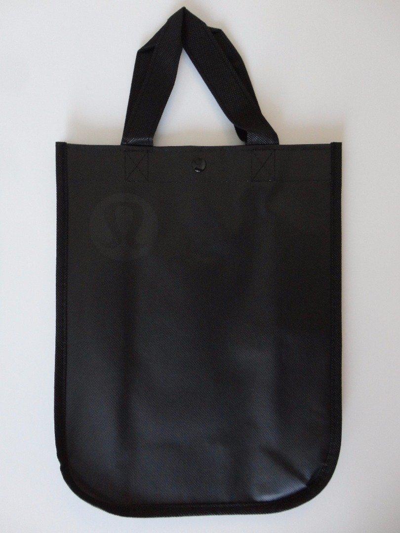 6bb9b0365b7 Amazon.com: Lululemon Holiday Black Edition Reusable Tote Carryall Gym Bag:  Kitchen & Dining