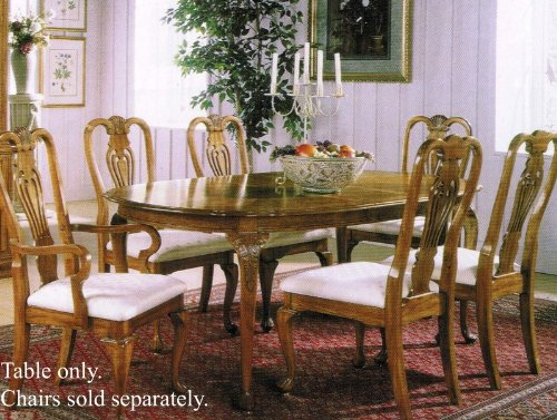Oval Dining Table Oak Finish