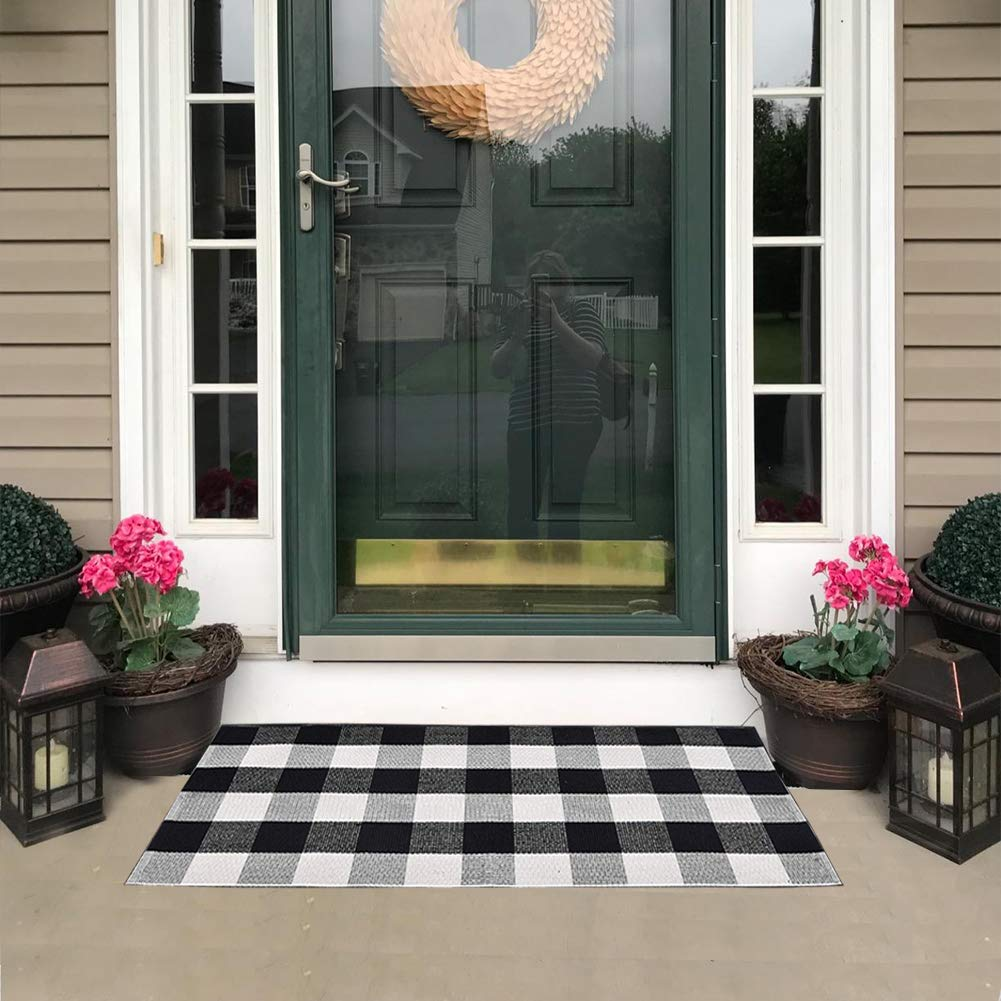 """KaHouen Buffalo Check Rug, Buffalo Plaid Rug (23.6""""x51.2""""), Checkered Plaid Rugs, Check Plaid Area Rug for Kitchen/Living Room/Bedroom/Dinning Room/Dorm(Black and White Porch Rugs)"""
