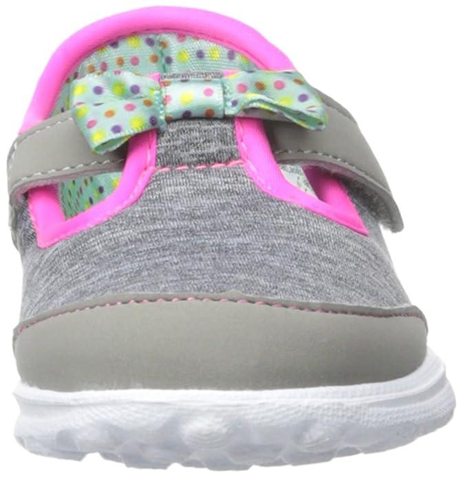 Skechers Go Walk Bitty Bow, Chaussures de Running Compétition Fille - Gris - Grey (Grey Multi), 22 EU