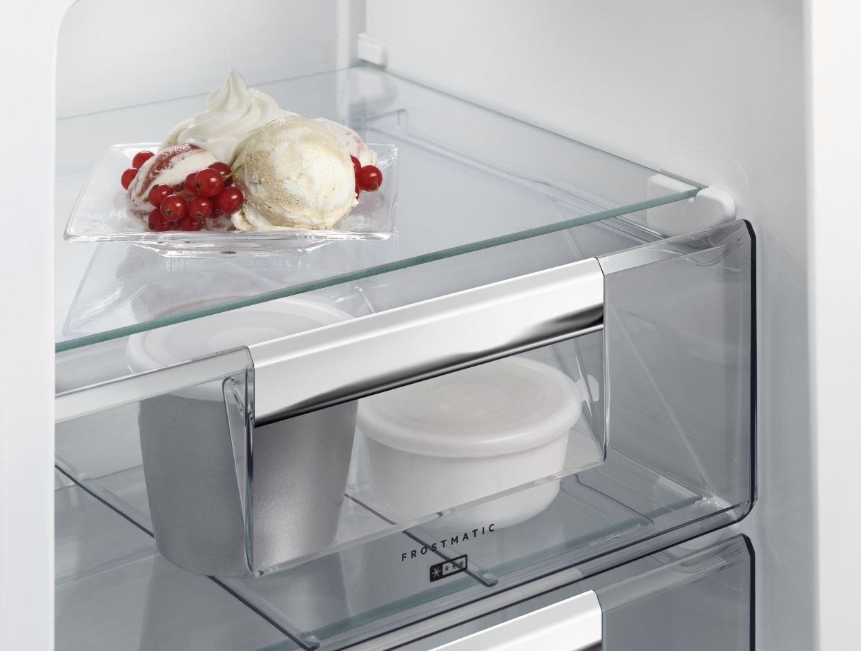 Aeg Kühlschrank Einbau : Aeg sce tc einbau kühl gefrier kombination mit gefrierteil
