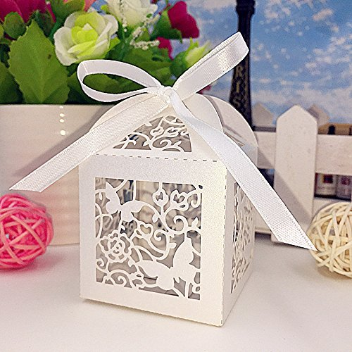 Joinwin 50pcs Laser Cut butterfly and flower Wedding Favor Boxes hollow out Wedding Candy Box Casamento Wedding Favors And Gifts