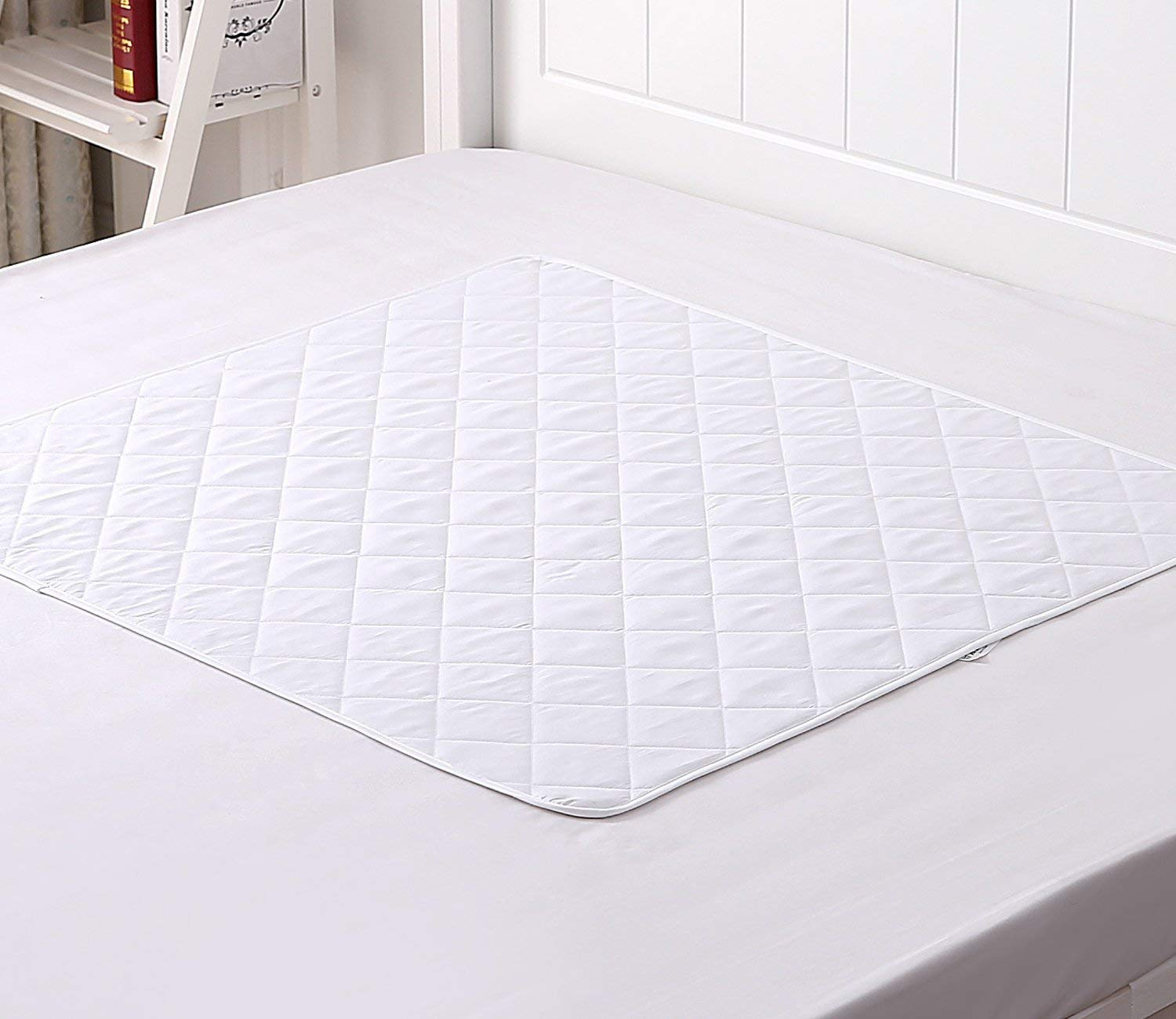 """Thetis Homes Waterproof Bed Pad, Waterproof Sheet, 44""""x 52"""", Machine Washable, Baby Bed Pad and Incontinence Pad"""