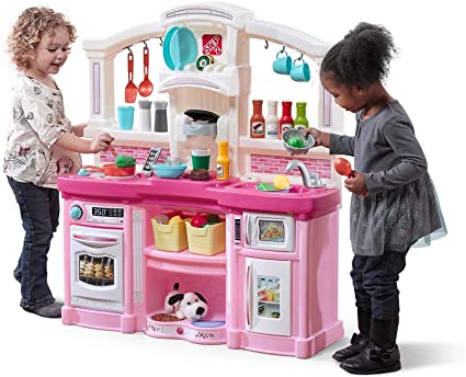 Amazon Com Step2 Fun With Friends Kitchen Large Plastic Play Kitchen With Realistic Lights Sounds Pink Kids Kitchen Playset 45 Pc Kitchen Accessories Set Toys Games