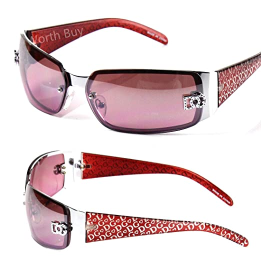 802caa9596f Amazon.com  DG Eyewear Womens Fashion Designer Sunglasses Wrap Around Oval  Retro Purple  Clothing