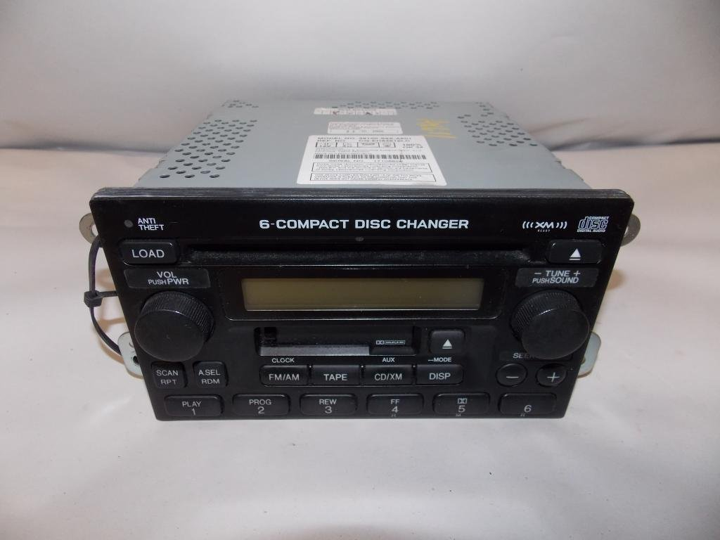 Amazon.com: 05-06 Honda CRV CR-V Radio Tape 6 Disc CD Player 2005 2006  #4978: Sports & Outdoors