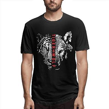 Amazon Com Tiger Vs Wolf Short Sleeve T Shirts Clothing