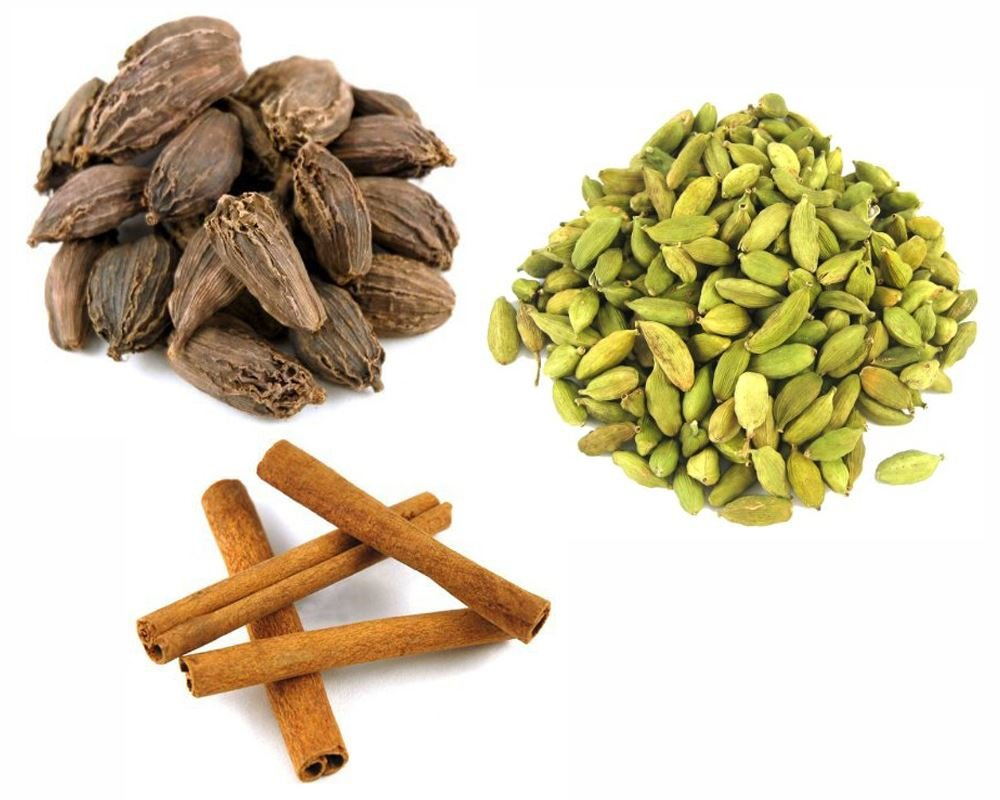 Jalpur Millers Spice Combo Pack - Black Cardamom Pods 50g - Green Cardamom Pods 100g - Cinnamon Quills 100g (3 Pack)