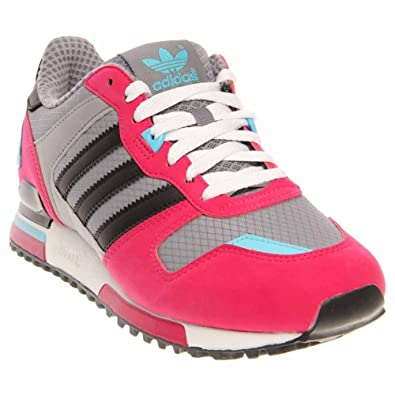 abed76f7b adidas Men s ZX 700 Sneaker 10.5 Grey  Amazon.co.uk  Shoes   Bags