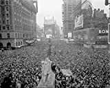 Mouse Pad Gaming Or Computer Massive Crowd Gathers In Times Square To Celebrate The Surrender Of Japan, August 15, 1945 Ve Day