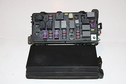 03 – 11 Chevy Aveo 1.6L con capucha relé Bloque Caja de fusibles Panel garantía # 3026: Amazon.es: Coche y moto