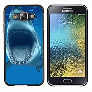 TECHCASE---Cubierta de la caja de protección para la piel dura ** Samsung Galaxy E5 E500 ** --Dientes Tiburón Tiburón Vicious azul Submarino