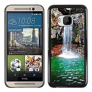 TopCaseStore / la caja del caucho duro de la cubierta de protección de la piel - Waterfall Spring - HTC One M9