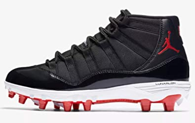 52959aafdcfe Amazon.com | Nike Jordan XI Retro TD Men's Football Cleat - AO1561 ...