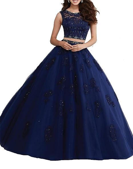 17f60c157a Este fabuloso vestido es moderno y muy juvenil. Lucirás radiante con su top  y falda