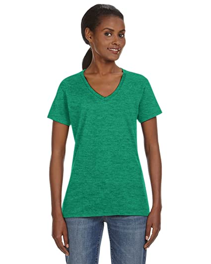 d683312e4 Anvil Women's Lightweight Shoulder Taping V-Neck T-Shirt at Amazon ...