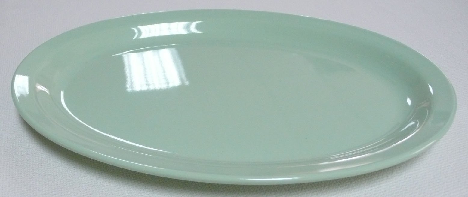 Yanco NS-515G Nessico Oval Platter with Narrow Rim, 13.25'' Length, 9.5'' Width, Melamine, Green Color, Pack of 12