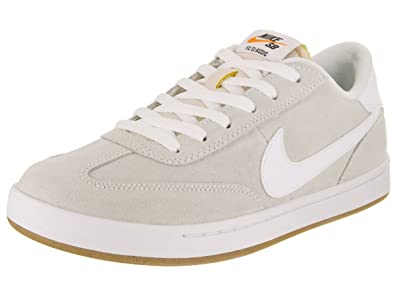 timeless design 684a5 75b0b Nike Men s SB FC Classic Skate Shoe  Amazon.co.uk  Shoes   Bags