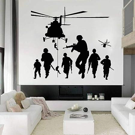 Tianpengyuanshuai Spieler Wandtattoo Soldat Krieger Hubschrauber Vinyl Wandaufkleber Kinderzimmer Wohnkultur 42x47cm Amazon De Kuche Haushalt