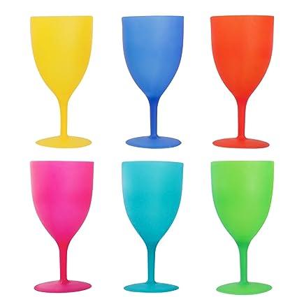 Amazon.com: Colorful Plastic Picnic/Party Supply Set - Plastic ...