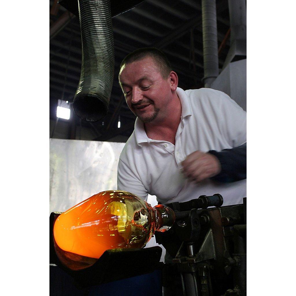 33 cm Vase en verre violette fait /à main Collection CALLA AMARA DESIGN powered by CRISTALICA