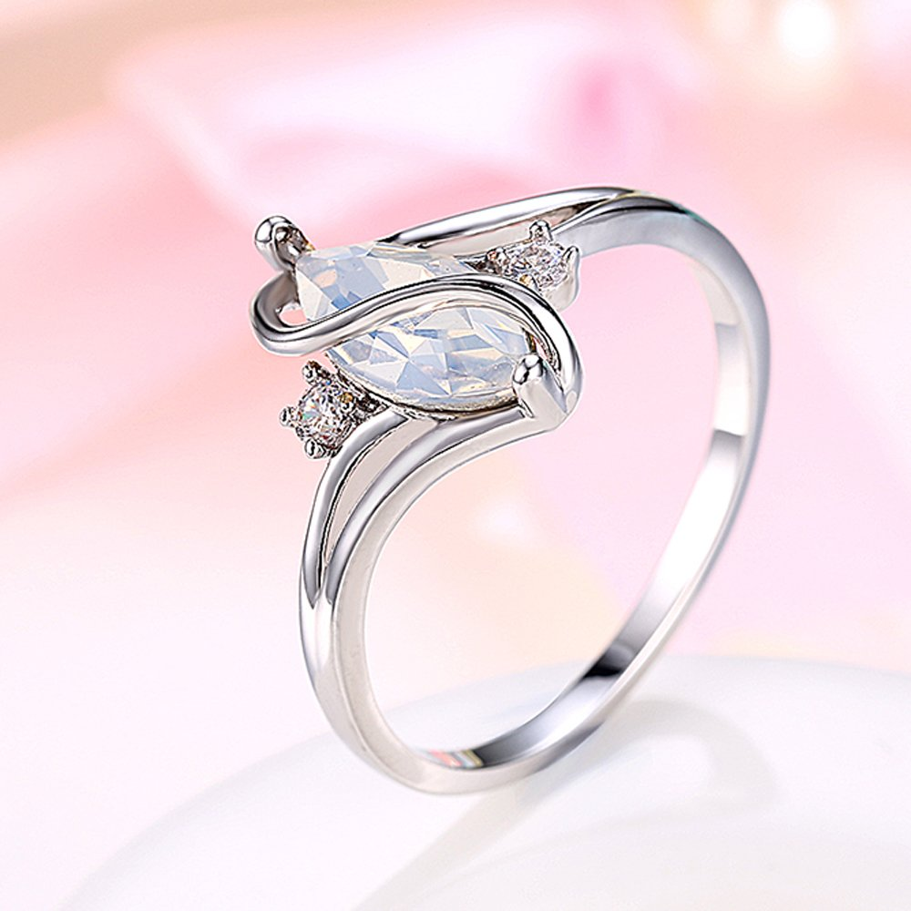 Amazon.com: BEMI Romantic Platinum Plated Womens Promise Ring ...